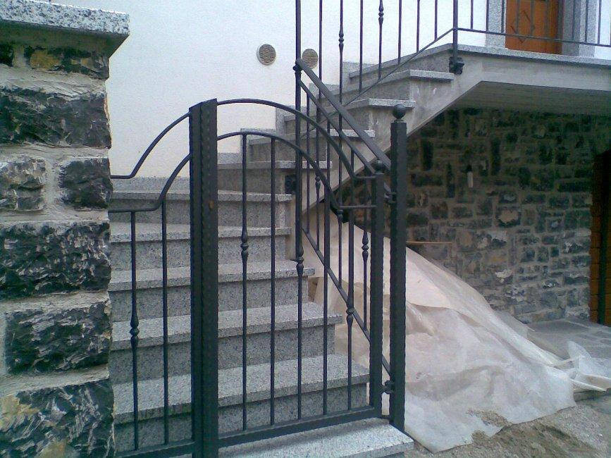 Cancelletto In Ferro Battuto : Cancelletti in ferro battuto per accesso a proprietà private