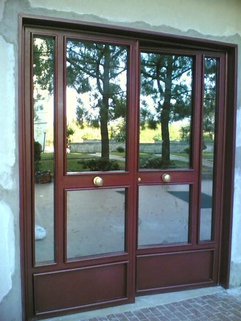 Realizzazione porte e vetrine per negozi in ferro e alluminio - Roma ...