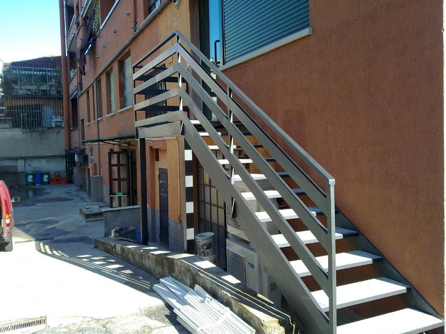Scale Esterne Roma Laferpi